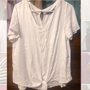 White shirt with knot detail